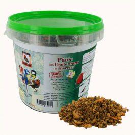 Pâtée de fruits rouges et d'insectes pour oiseaux (1 kg)